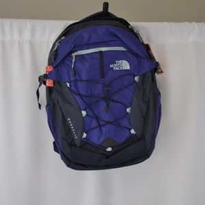NWT The North Face Womens Purple/Blue Bacpack